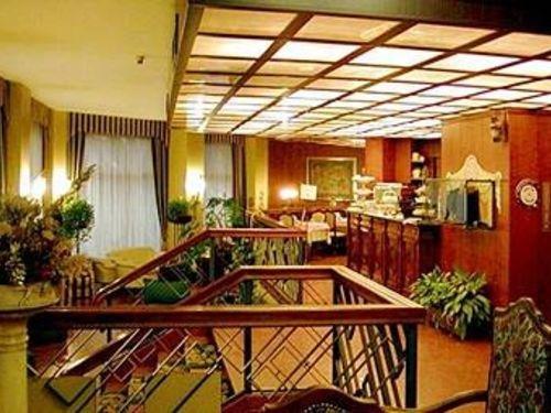 Admiral Hotel - фото 17