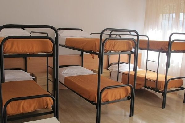 Hostel 3 - фото 2