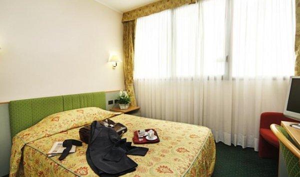 Rege Hotel - фото 1