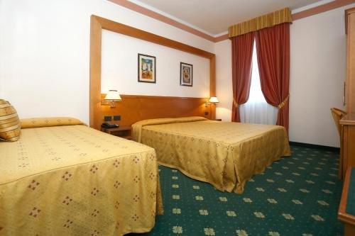 Hotel Estense - фото 1