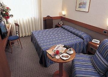 Idea Hotel Modena, Кампогаллиано