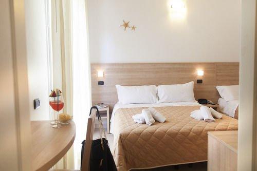 Hotel Costa Azzurra - фото 2