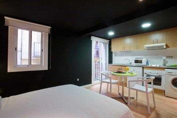 Apartamentos Colón 3000