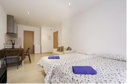 Sweet BCN Apartments - фото 1
