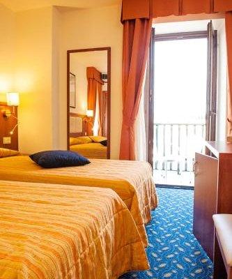 Hotel Benaco - фото 2