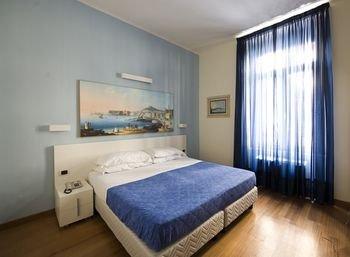 Rex Lifestyle Hotel - фото 21