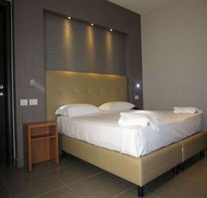 Hotel Napolit'amo - фото 3