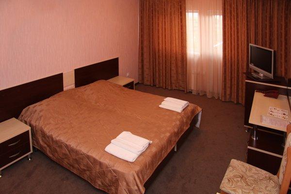 Рэд Отель - фото 1