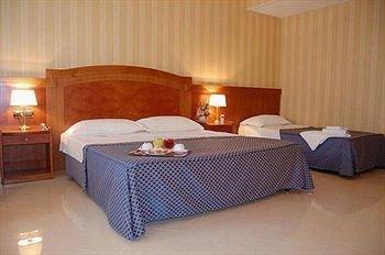 Hotel Joyfull - фото 1