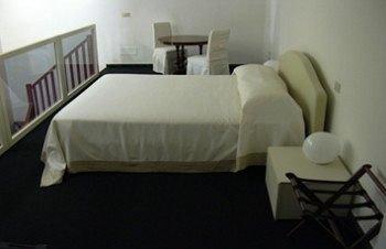 MEGARON ROOMS AND BREAKFAST - фото 1