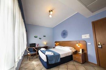 Отель Millennium Gold - фото 4