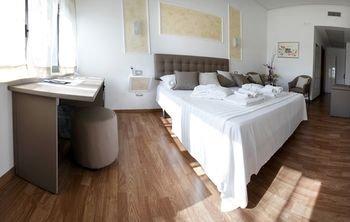 Отель Millennium Gold - фото 9