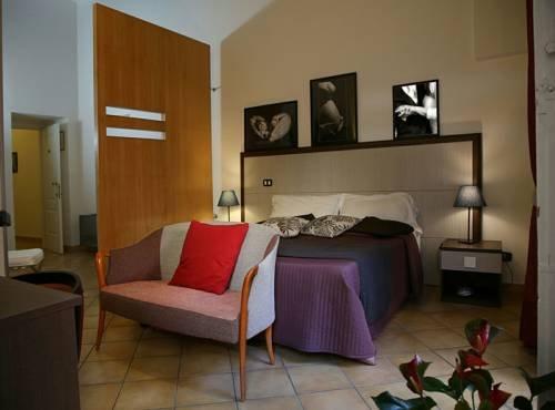 Caravaggio Hotel - фото 3