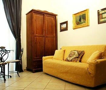 B&B Art Suite Principe Umberto - фото 6