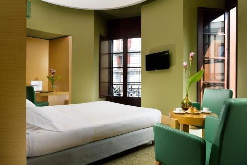 UNA Hotel Napoli - фото 2