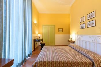 Hotel Mergellina - фото 1