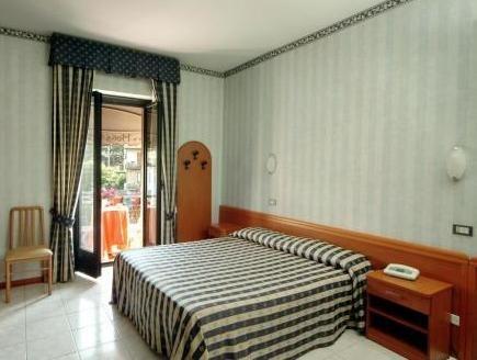Hotel Ristorante Umbria - фото 3