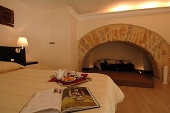 Ucciardhome Hotel - фото 18
