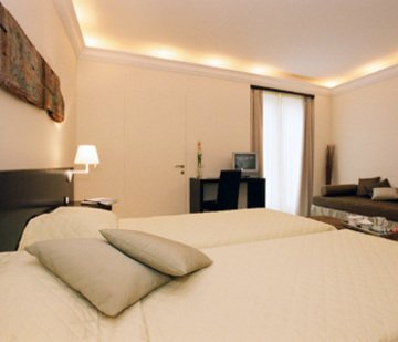 Ucciardhome Hotel - фото 2