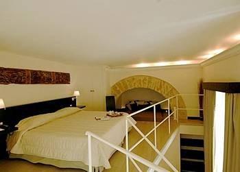 Ucciardhome Hotel - фото 3