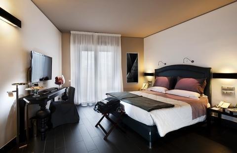 Astoria Palace Hotel - фото 1