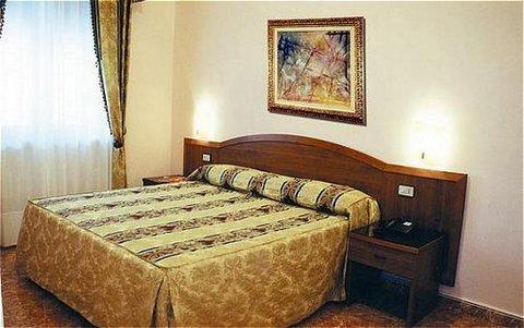 Hotel Joli - фото 1