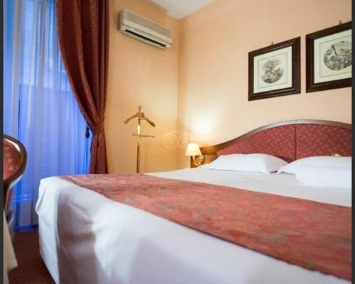 Massimo Plaza Hotel - фото 2