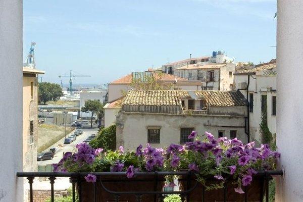 BB 22 Charming Rooms & Apartments - фото 50