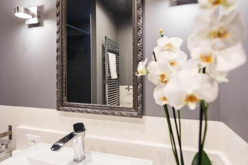 BB 22 Charming Rooms & Apartments - фото 8