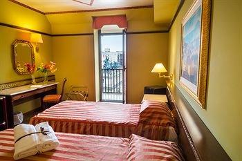 Politeama Palace Hotel - фото 1