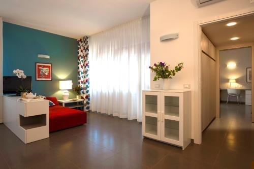 Marbela Apartments & Suites - фото 7