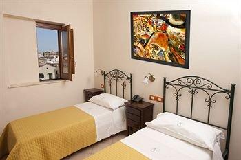Hotel Columbia - фото 2