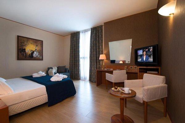 CDH Hotel Parma & Congressi - фото 4