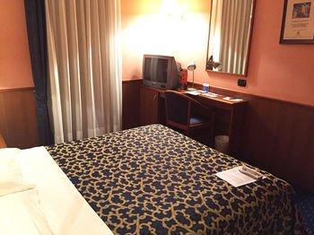 Astoria Residence Hotel - фото 1