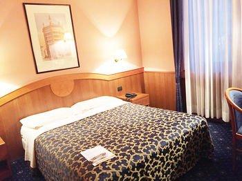 Astoria Residence Hotel - фото 2