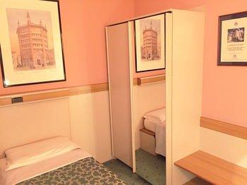 Astoria Residence Hotel - фото 3