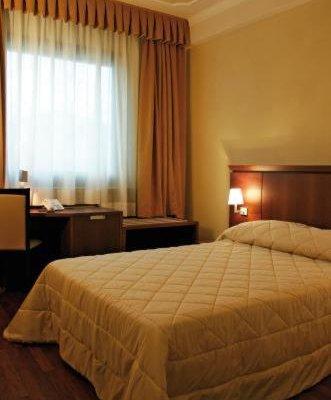 Dado Hotel International - фото 1