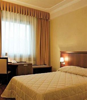 Dado Hotel International - фото 2