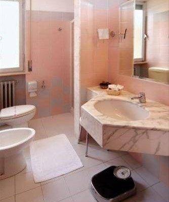 Hotel Tirrenus Perugia - фото 11