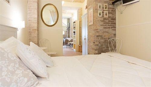 Pescara B&B Suites - фото 4