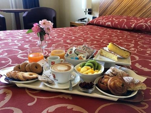 MH Hotel Piacenza Fiera - фото 13