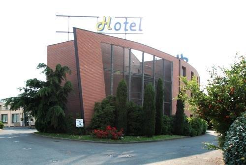 MH Hotel Piacenza Fiera - фото 22