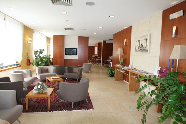 MH Hotel Piacenza Fiera - фото 7