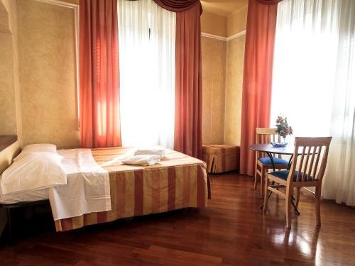 Hotel Soggiorno Athena - фото 1