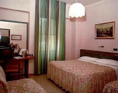 Hotel Di Stefano - фото 1