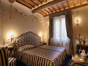 Hotel Relais Dell'Orologio - фото 2