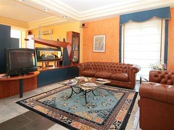 Hotel Maiuri - фото 1