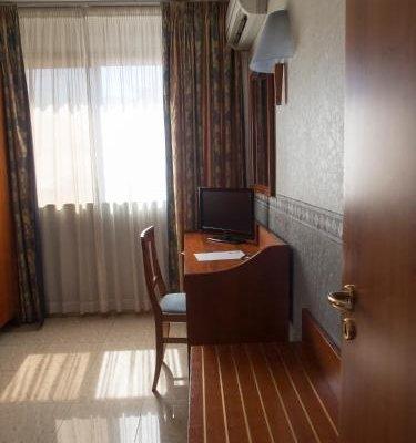 Hotel Kroma - фото 1