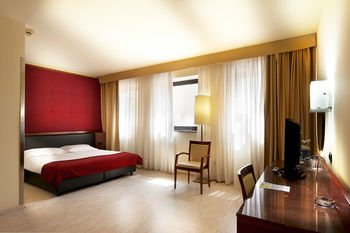Mediterraneo Palace Hotel - фото 1