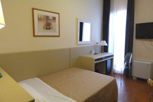 Hotel Centrale Byron - фото 1